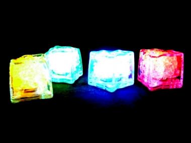 Blikací ledová kostka sedmibarevná