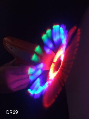 Space Gun (vesmírná pistole) se svítícím diskem