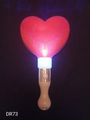 Svítící srdce mávátko