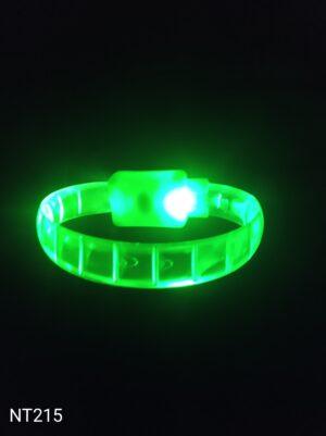 Svítící náramek kostičkový zelený