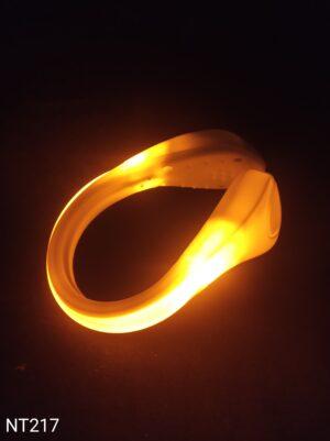 Svítící LED klip na boty oranžový