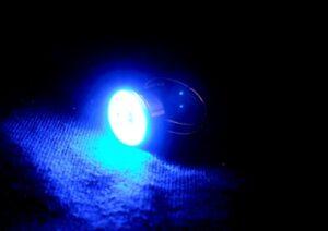 Blikací prsten modrý