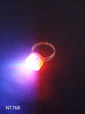 Blikací prsten červený